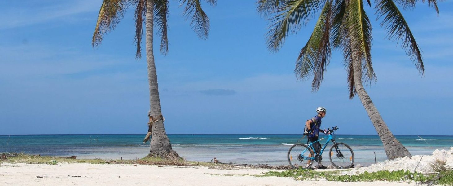 Kurze Pause am Meer: Fehlt nur noch die Kokosnuss