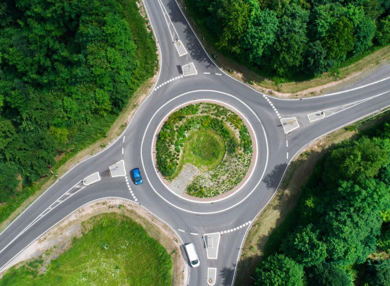 Richtiges Verhalten im Kreisverkehr