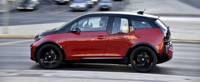 Der BMW i3 fährt nur mit Strom. (Foto: BMW)