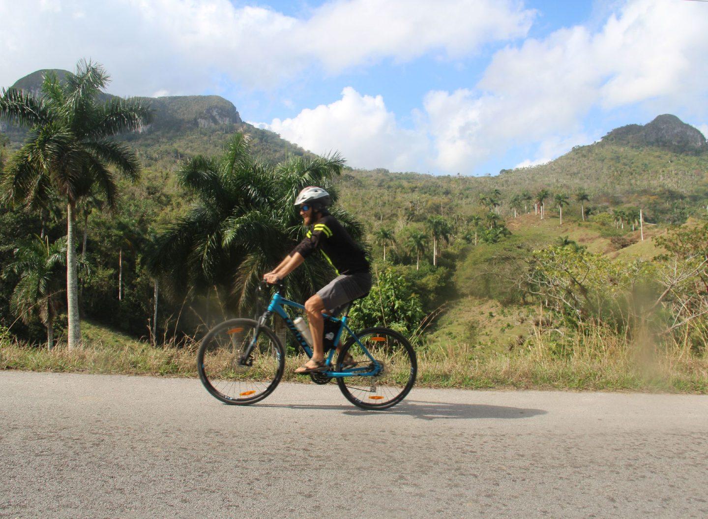 Cuba ist im Landesinneren recht hügelig