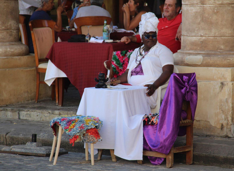 Havanna bunte Stadt mit vielen Straßenständen