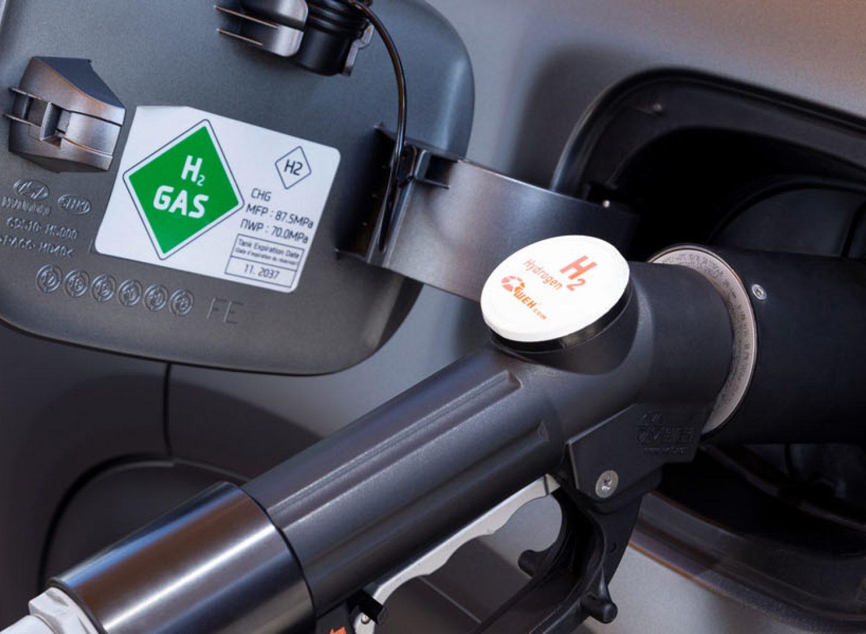 Alternative Brennstoffe Umweltfreundlich fahren wenig CO2 und wenig Treibhausgase