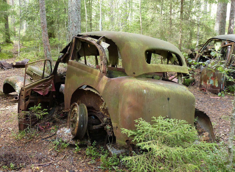 atr-motus-zerfall-oldtimer-auto-museum-ryd-moor-schweden.jpg