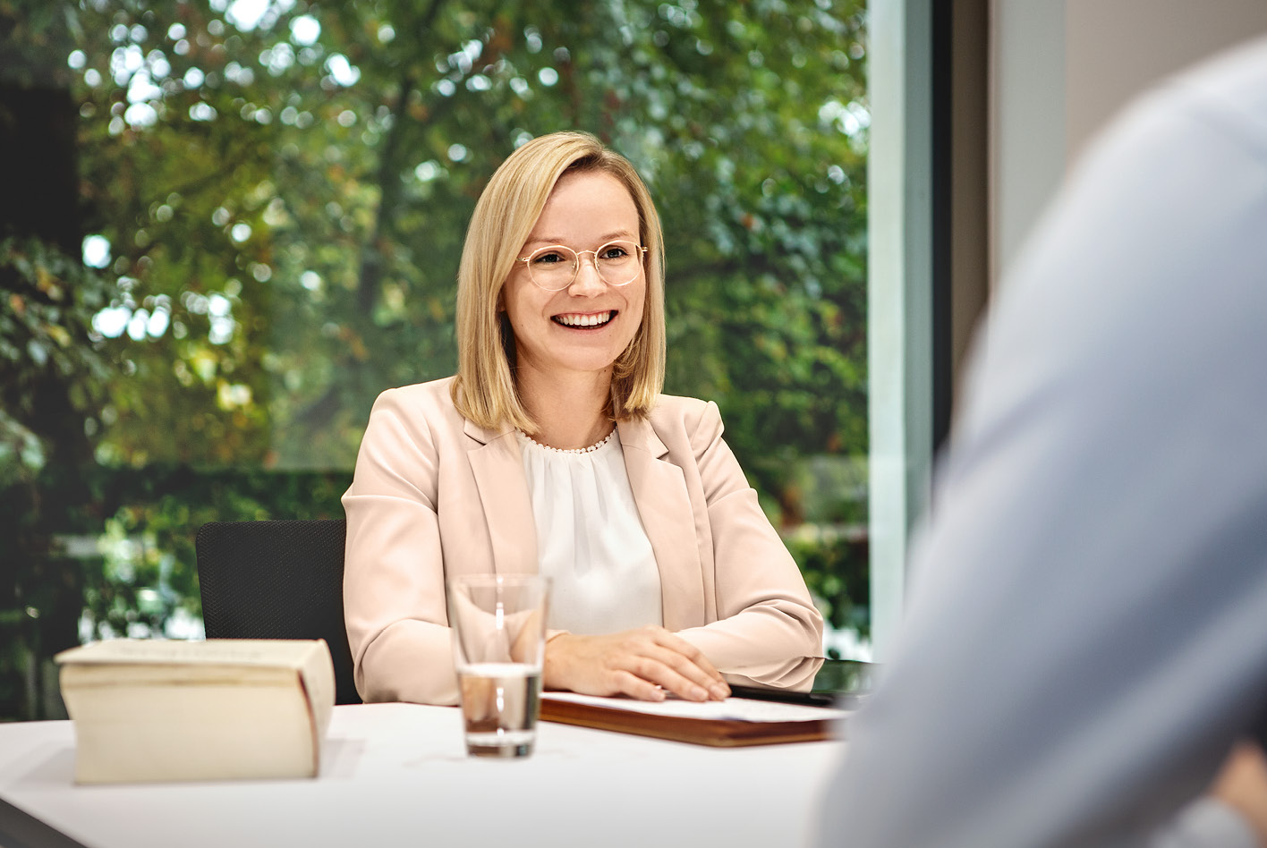 Katharina Meyer arbeitet für die Kanzlei Wandscher & Partner als Fachanwältin für Verkehrsrecht.