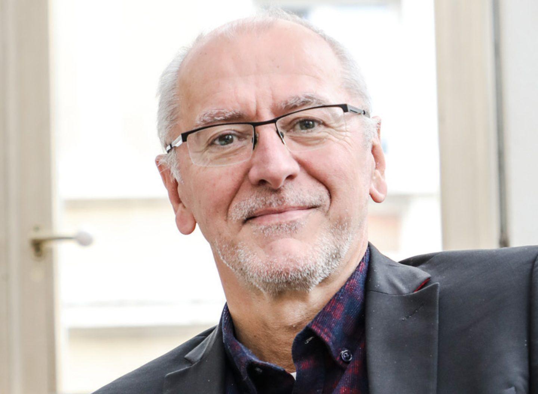 Prof. Dr. Armin Grunwald ist Leiter des Büros für Technikfolgenabschätzung im Deutschen Bundestag und war Mitglied der Ethikkommission zum automatisierten und vernetzten Fahren.