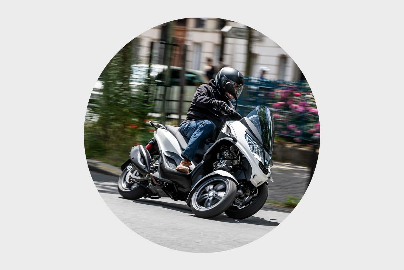 Dreirad-Roller im Vergleich: der Piaggio MP3