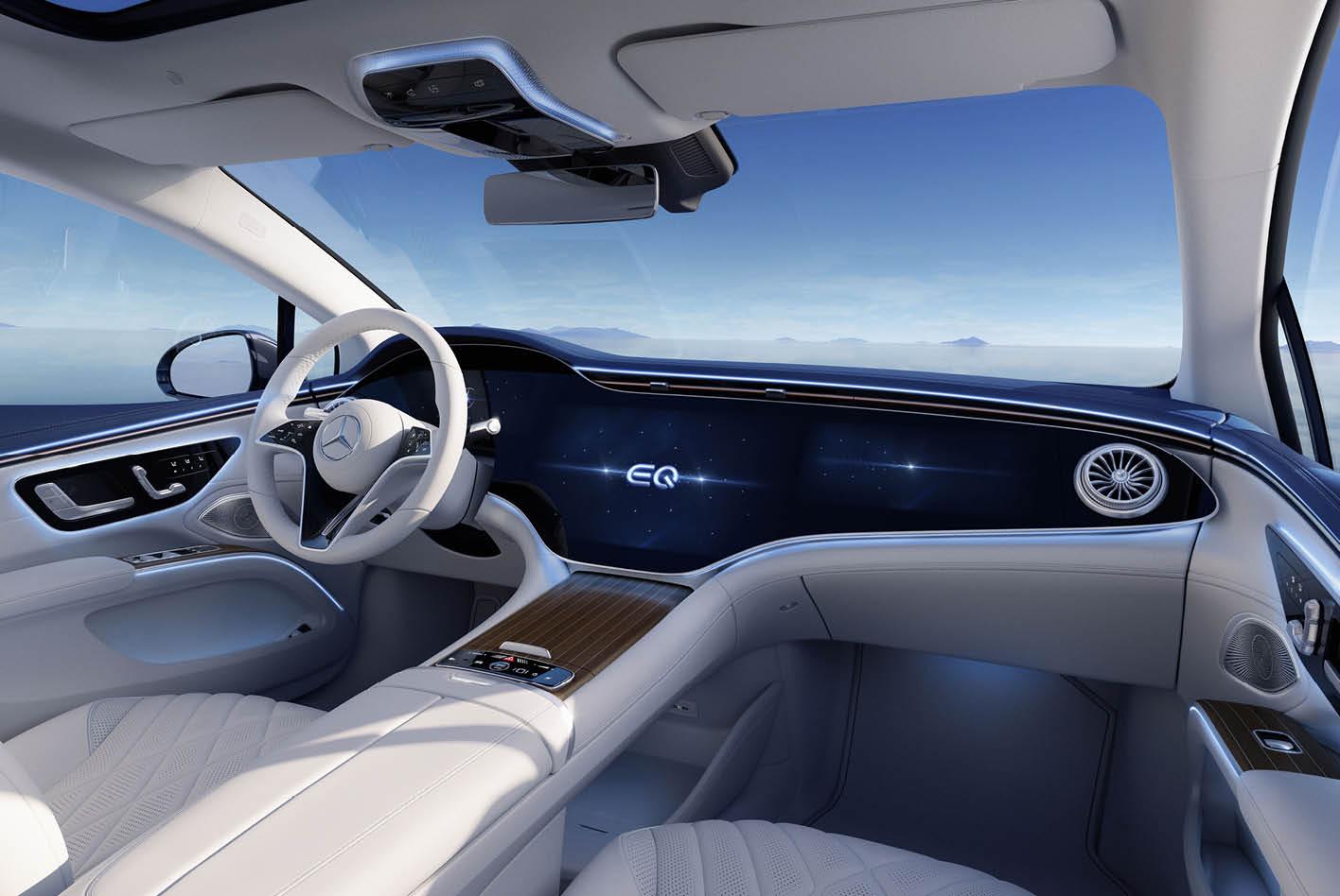 """Mercedes nennt den Riesen-Bildschirm """"Hyperscreen""""."""