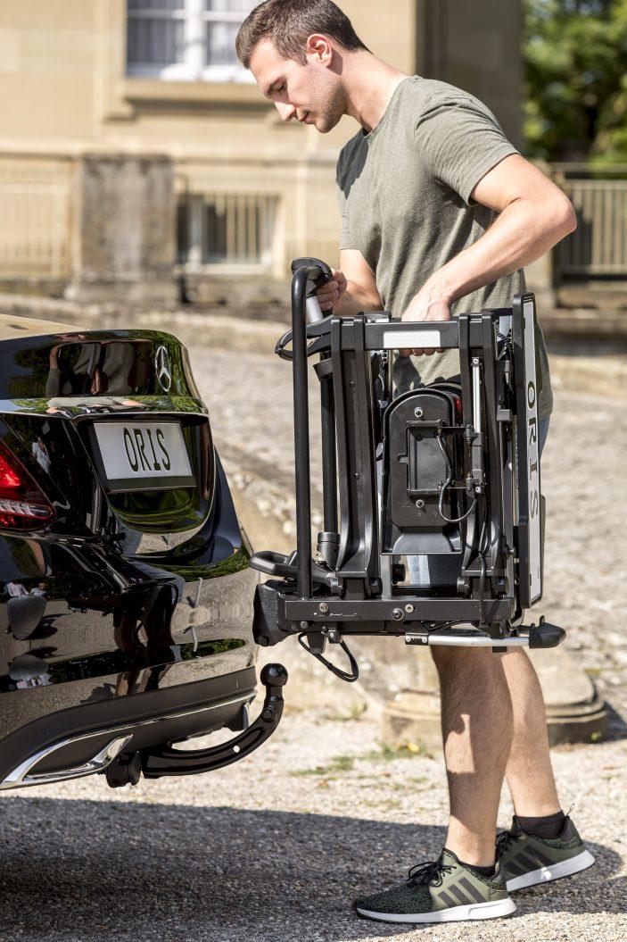 ORIS Fahrradträger für die Anhängerkupplung tragen auch das hohes Gewicht von E-Bikes und kompakten Lastenrädern, wie dem Tern GSD problemlos.