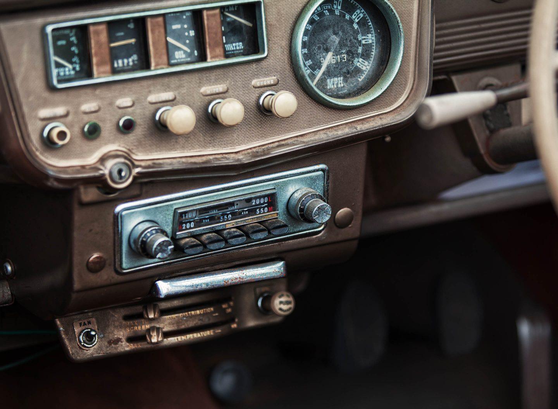 Altes Autoradio