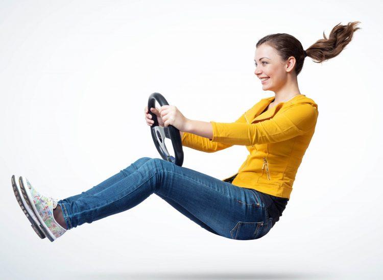 In Corona-Zeiten nutzen mehr Menschen das eigene Auto zur Fortbewegung. Bild: Adobe Stock / afxhome