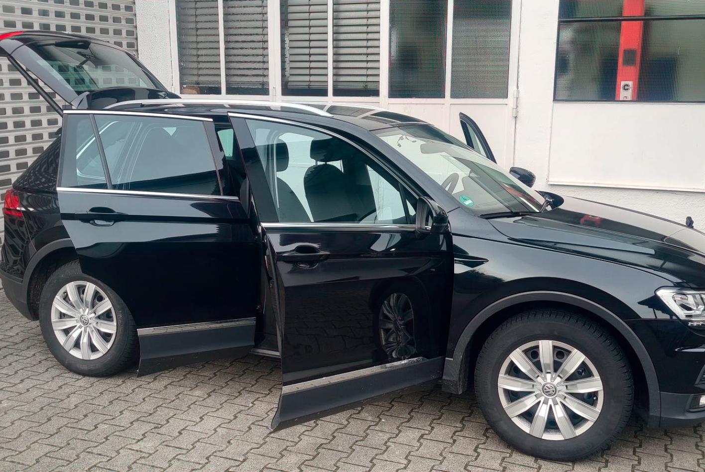 Von außen ist vom Maus-Schaden im VW Tiguan nichts zu sehen.
